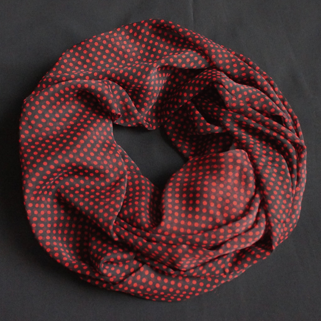 Black scarf with red dots (9205)