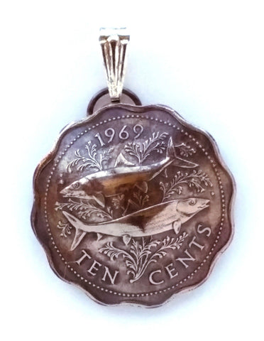 Bahamas Fish Scalloped Coin Pendant Vintage Necklace Jewelry Caribbean Island 1960s 1970s - Silver Heron Studios - 1