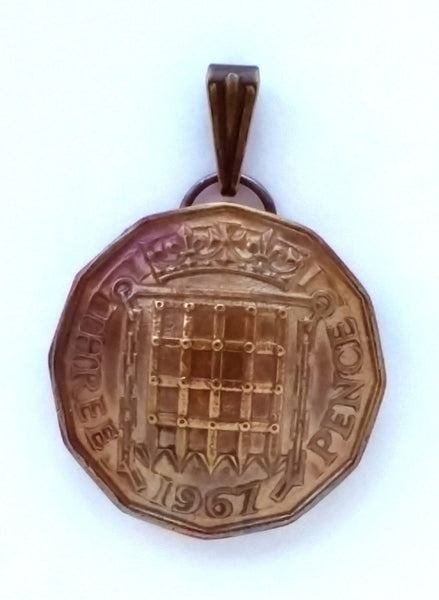 UK England 3 Pence Gate Coin Pendant British English Vintage Necklace Jewelry 1950s 1960s 1970s - Silver Heron Studios - 4