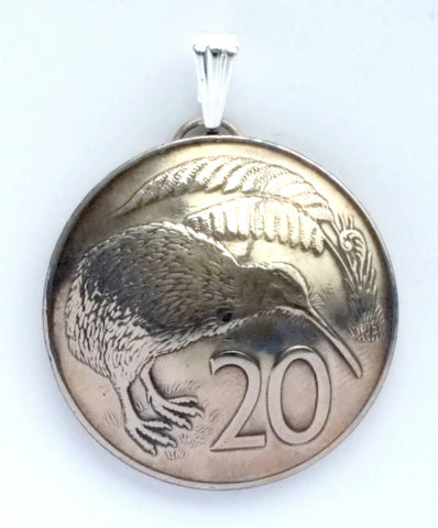 New Zealand Kiwi Bird 20 Cent Domed Coin Pendant Vintage Necklace Jewelry Charm - Silver Heron Studios - 1