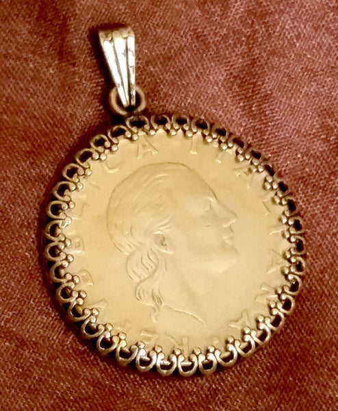 Italy 200 Lire Woman Portrait Pendant Gold Colored Vintage Necklace Jewelry - Silver Heron Studios - 2