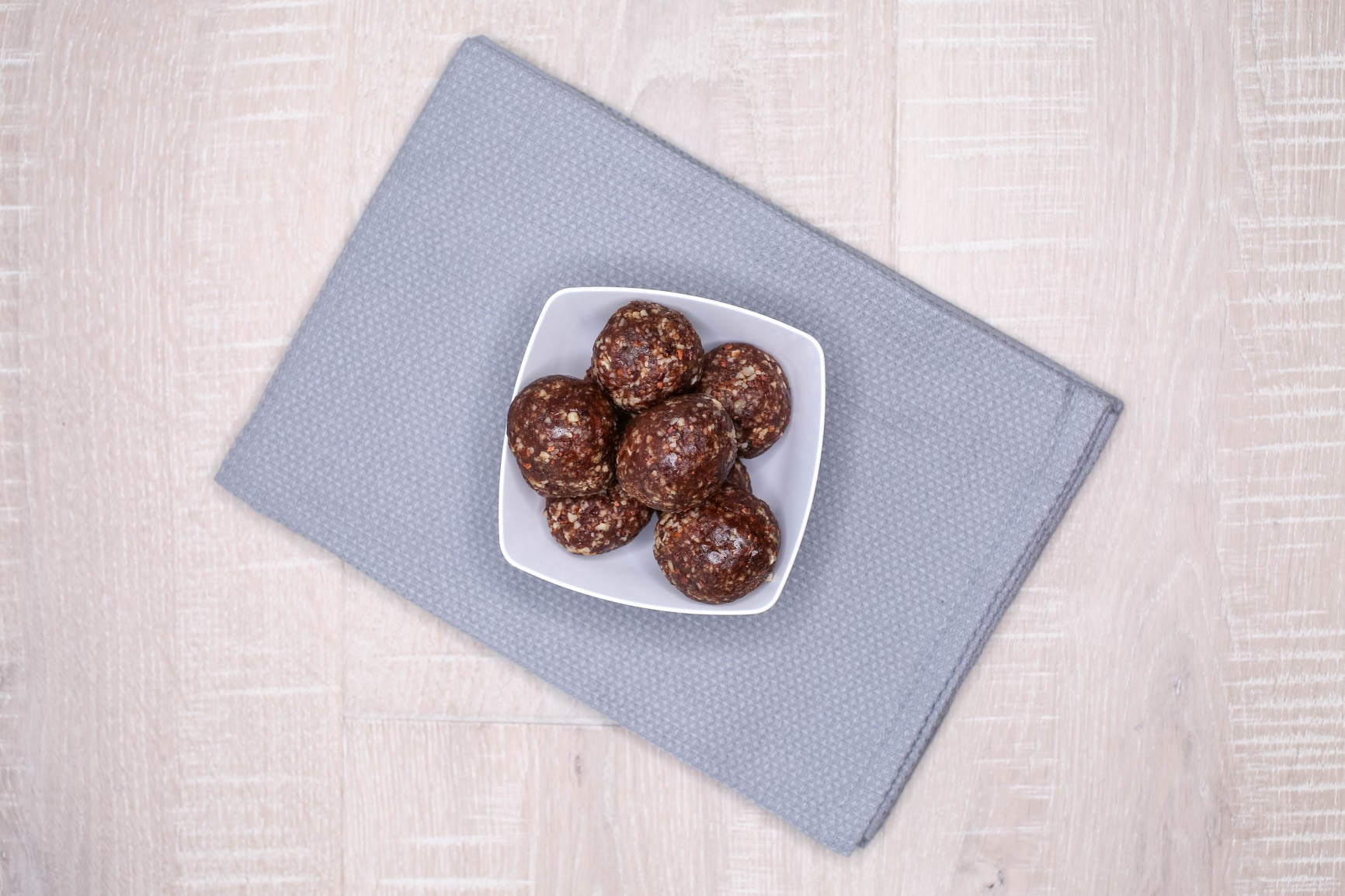 Banana Bread & Brownie Nut Energy Bites
