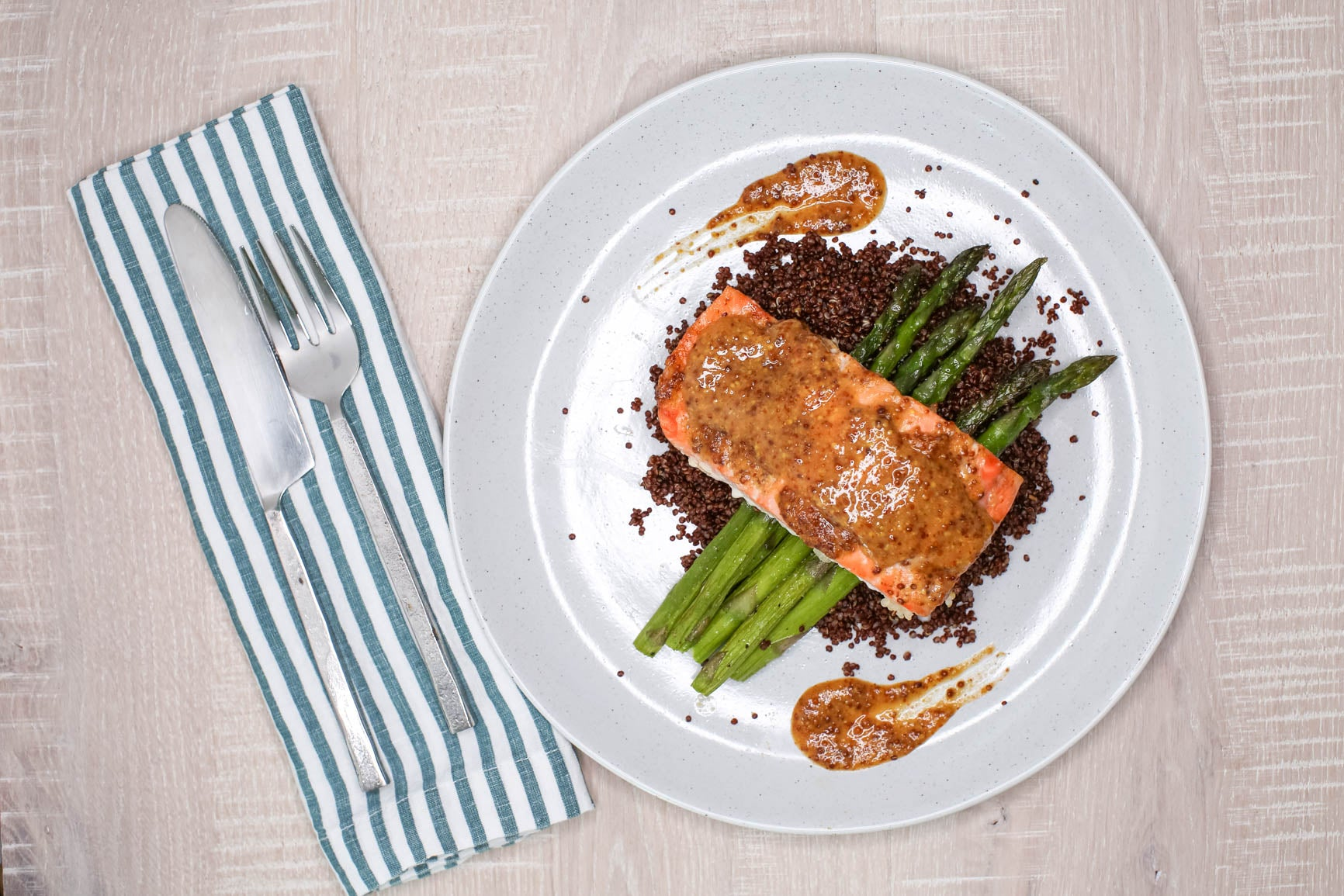 Honey Mustard Salmon w/ Quinoa & Green Beans