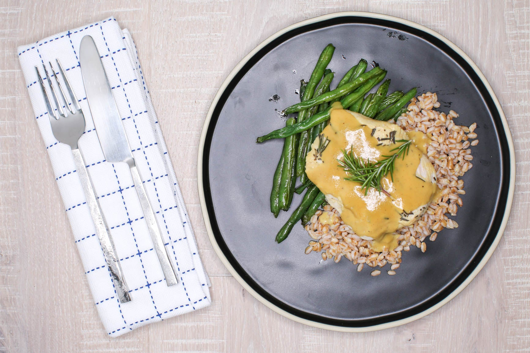 Honey Mustard Chicken w/ Farro & Green Beans