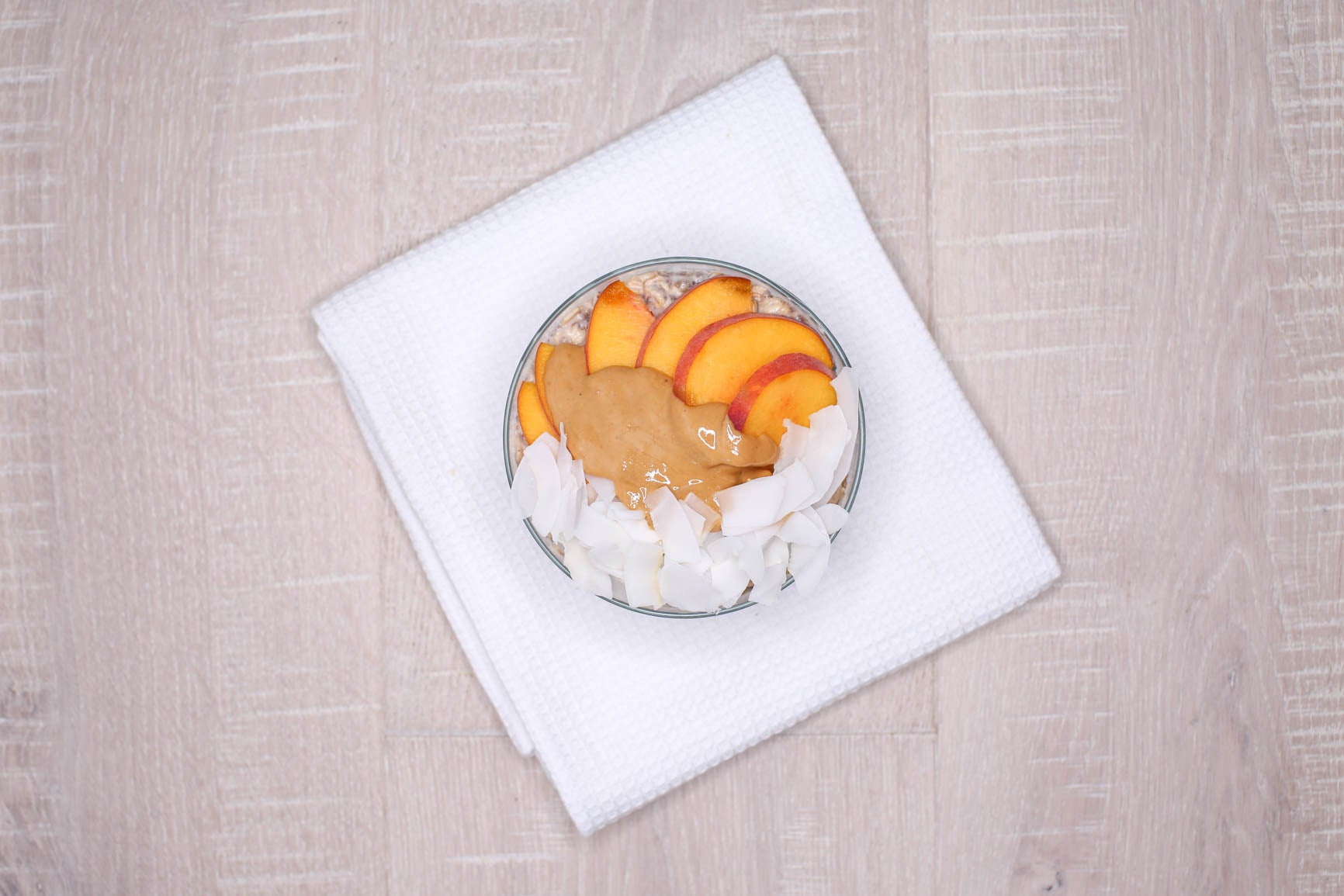 Peaches & Cream Overnight Oats