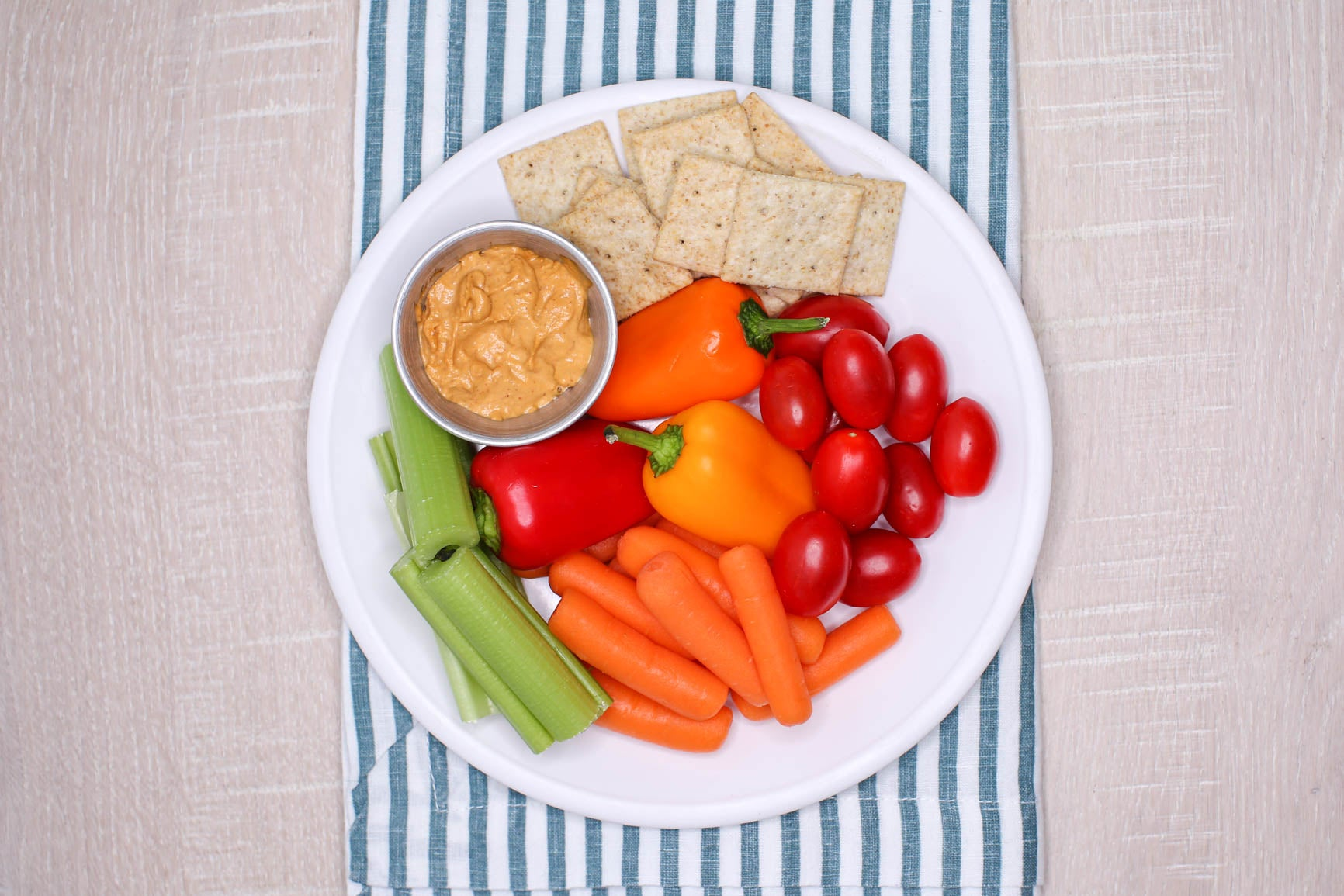 Snack Box - Chipotle Almond Dip, Veggies, & GF crackers