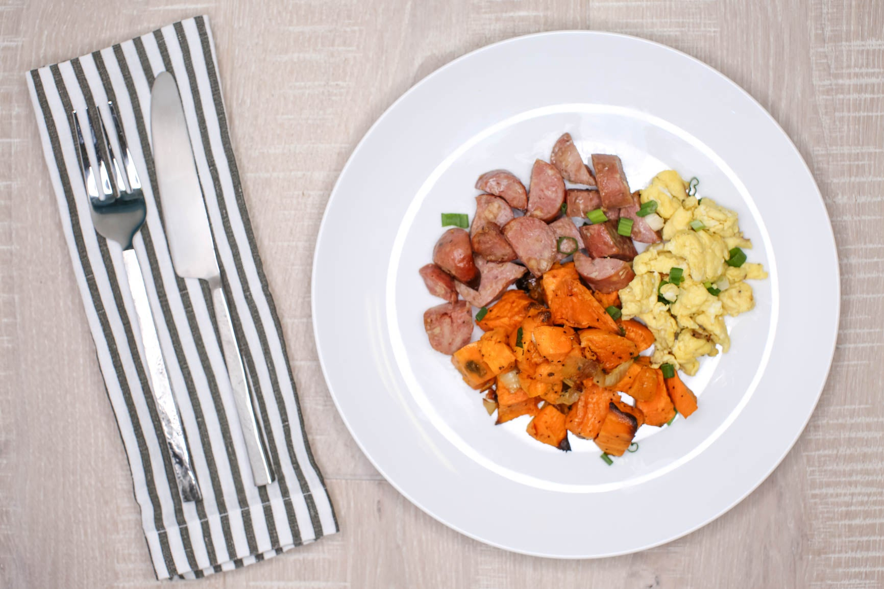 Chicken Sausage & Sweet Potato Hash w/Cage-free Egg