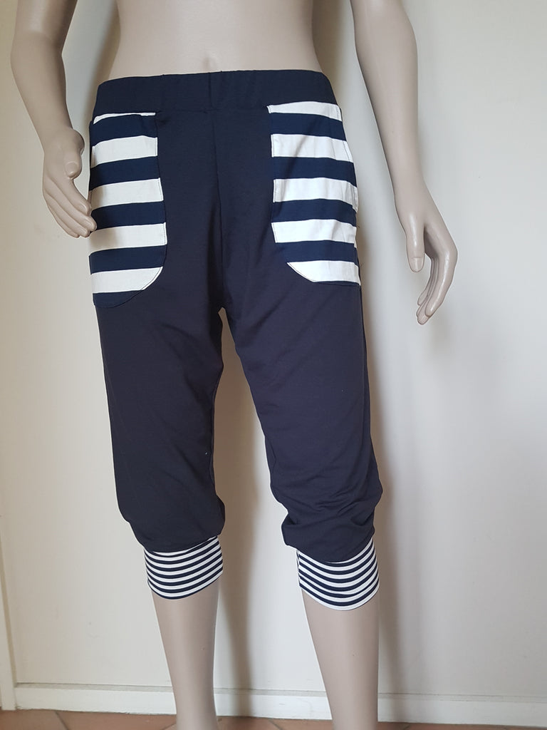 3/4 Plain Navy with Stripe Pocket Pants