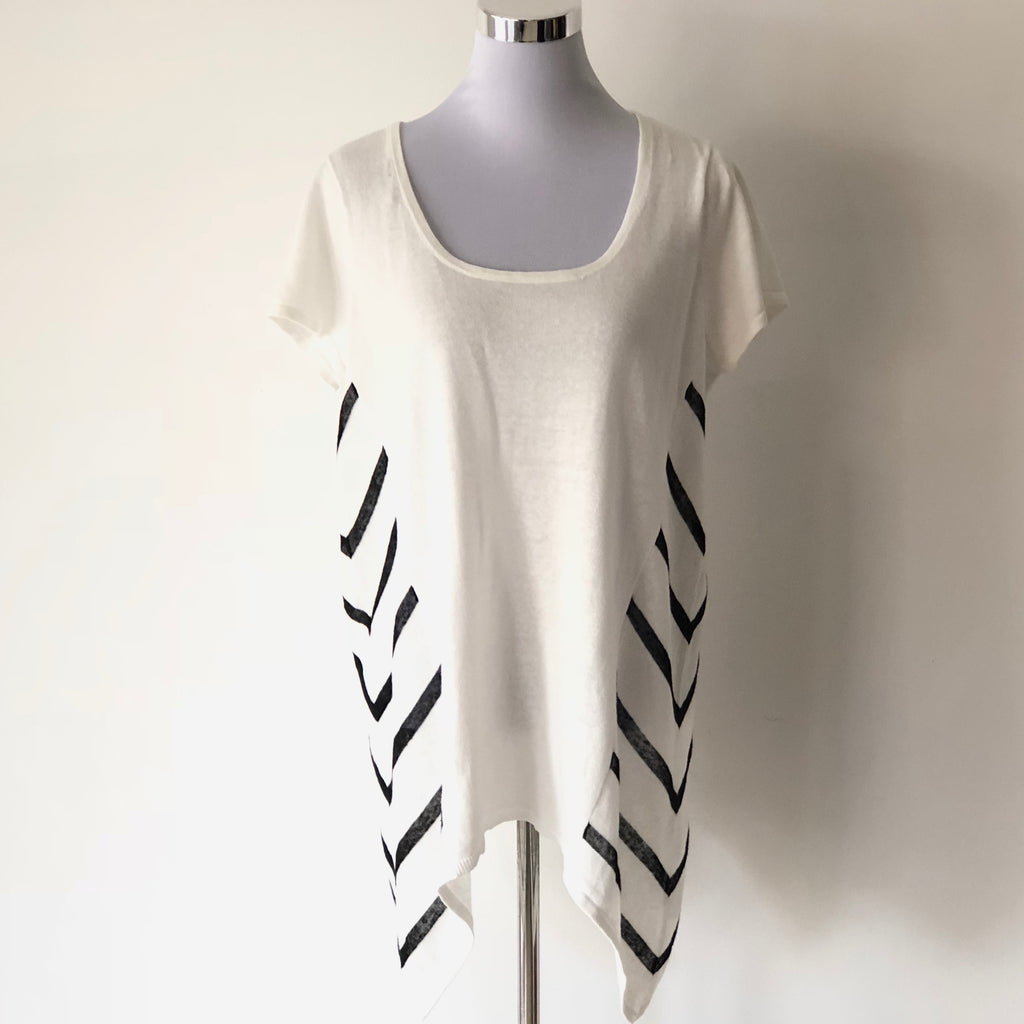 Ping Pong Stripe Print Top Size L - Brand New
