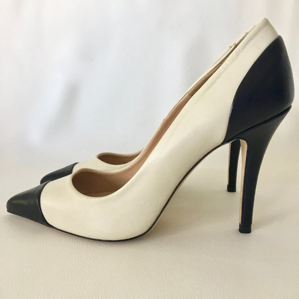 Zara Cream & Black Court Shoes Size 40 - Brand New
