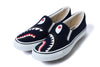 SHARK SLIP ON