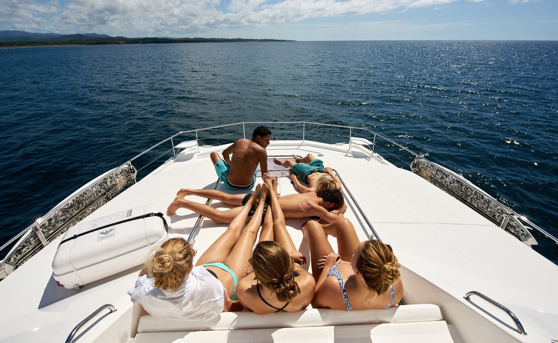 Reviews - PLAYGROUNDS Costa Rica Yacht Rental, Luxury Ocean Adventures