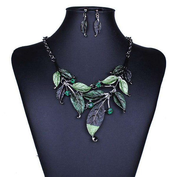 New Sweet Simple Leaves Design Alloy Necklace For Women
