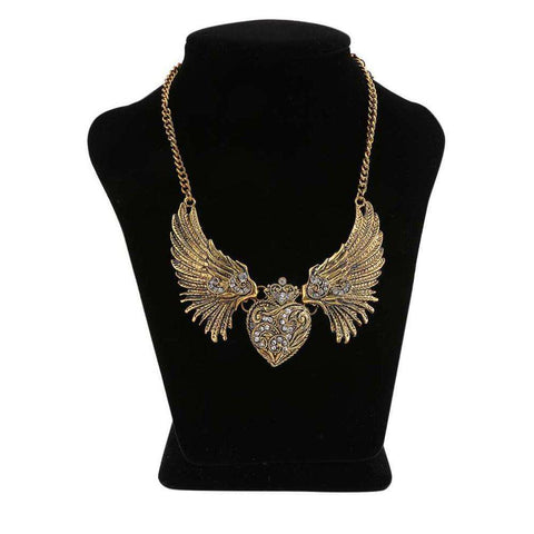 Charming Women Lady Heart Wings Design Special Nacklace