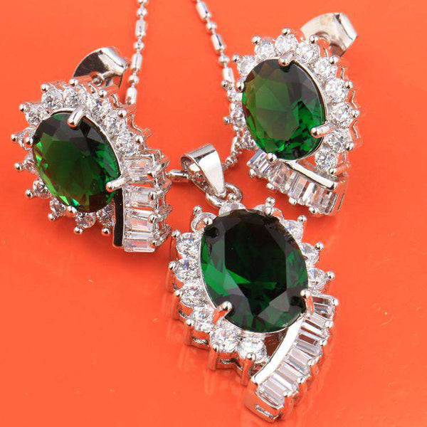 Exquisite Superb Oval Green Stones White Fashion Silver Nacklace