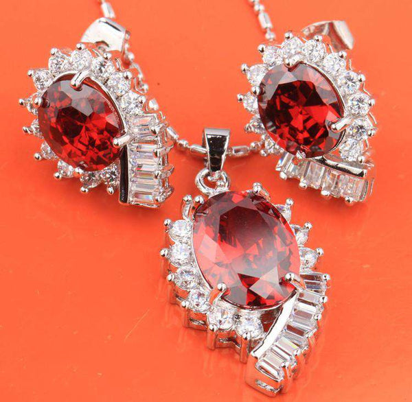 Exquisite Superb Oval Red Garnet Hot White Fashion Silver Nacklace