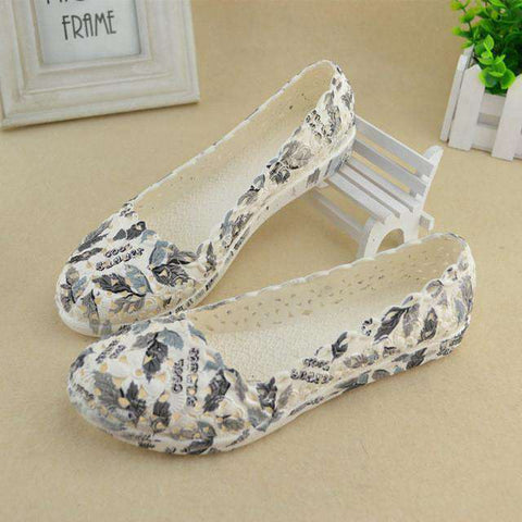 Woman Shallow Mouth White Nurse jelly shoes vintage