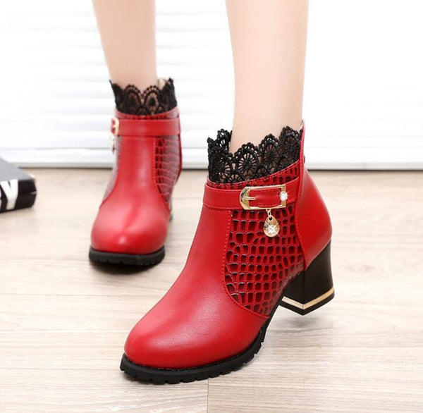Women Snake Pattern Ankle Cuff Thick Heel Boots