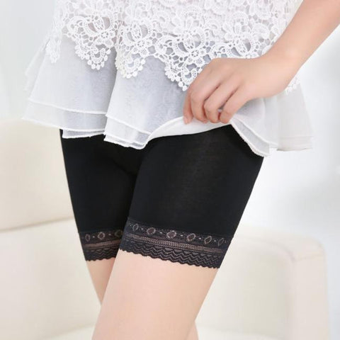 Under Safety Lace Tiered Short