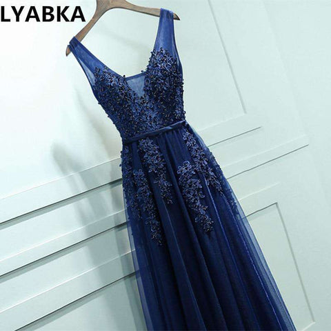 V-neck Elegant A-line Long Applique Prom Dress
