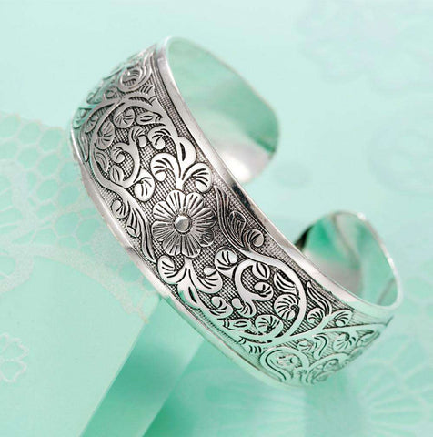 ethnic silver plated flower bangles for women