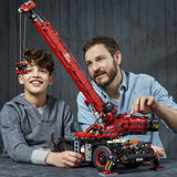 LEGO 42082 Technic Rough Terrain Crane