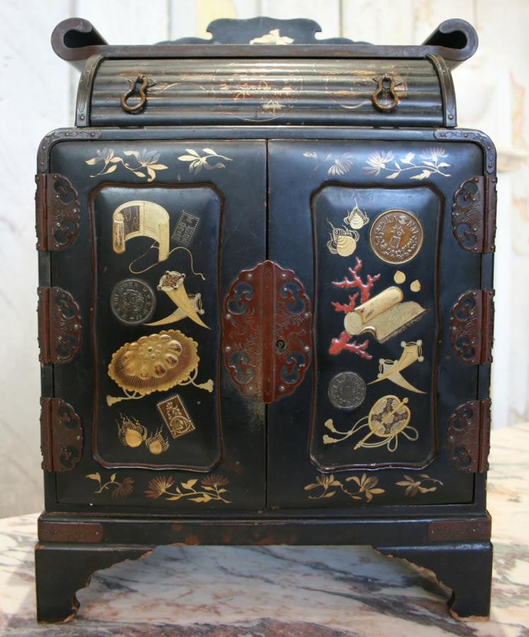 Miniature Chinese cabinet