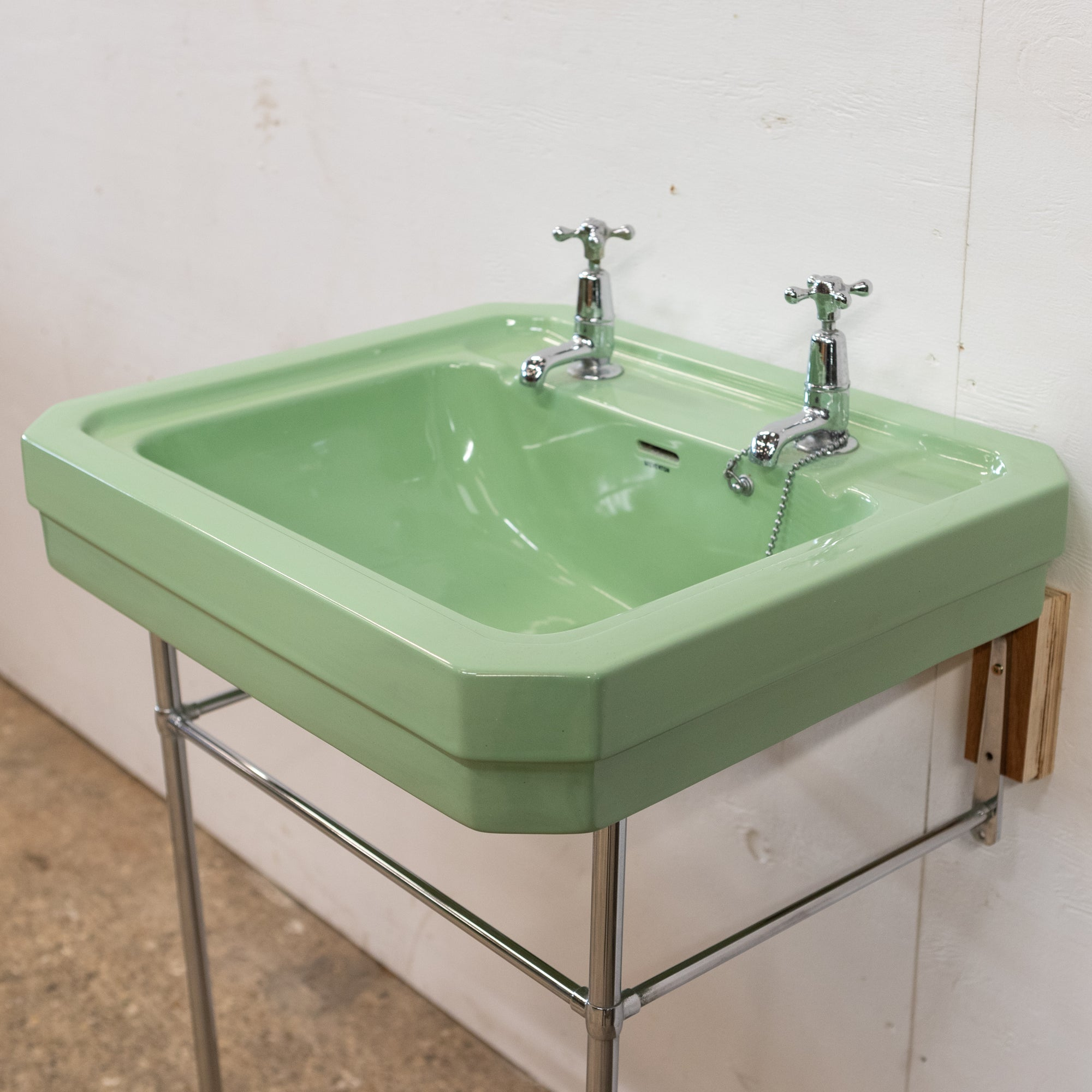 Reclaimed Avocado Green Sink With Optional Legs | The Architectural Forum