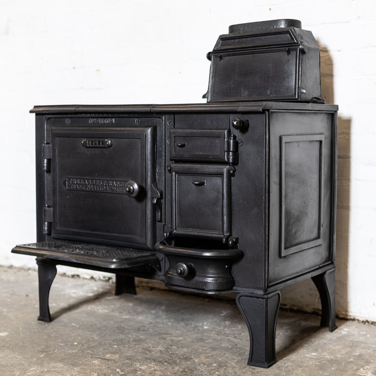 Antique Victorian Cast Iron Larbert Closed Cooking Range | The Architectural Forum