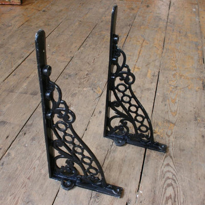 Decorative brackets