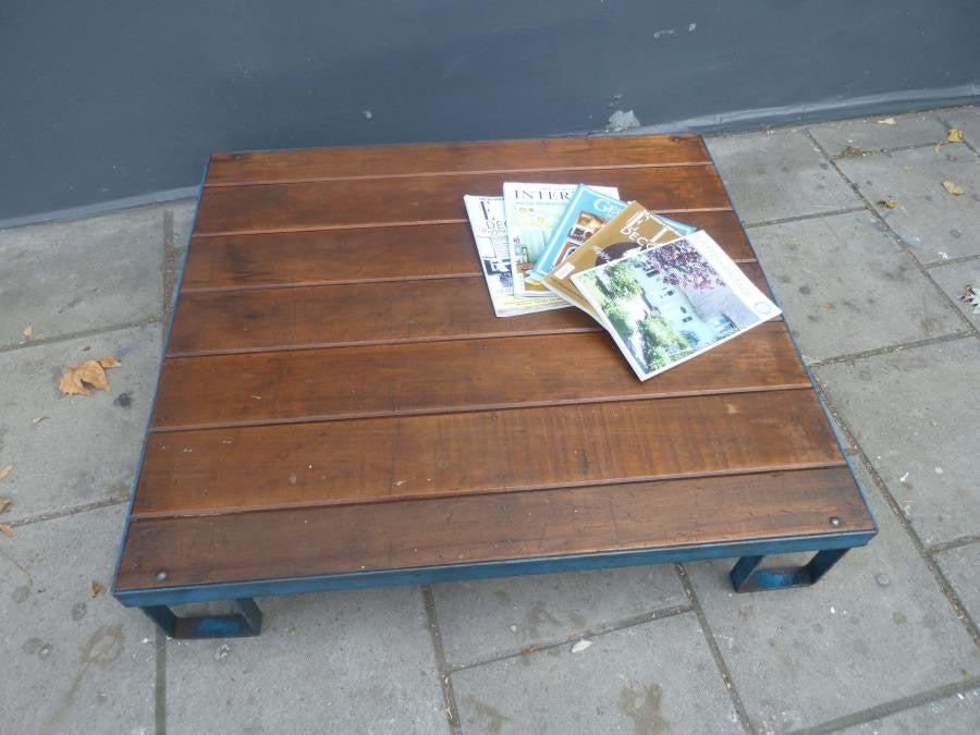 Industrial Pallet Coffee Table - architectural-forum