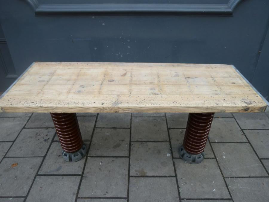 Industrial Electrical Insulator Table