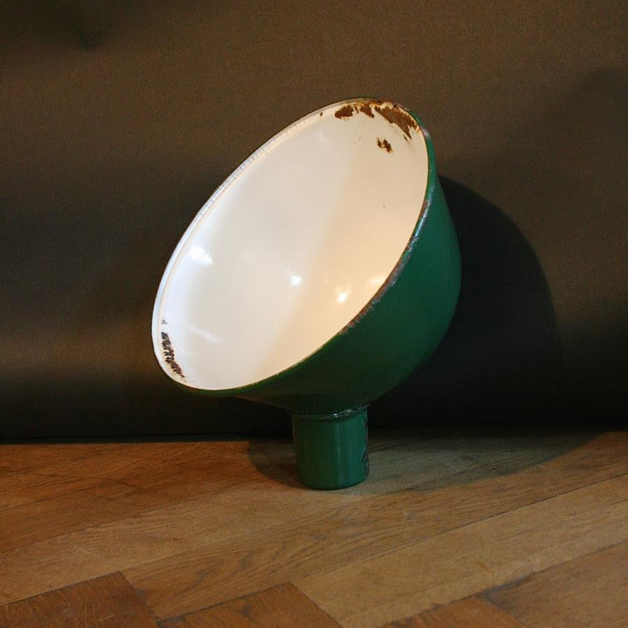 Reclaimed enamel light shade