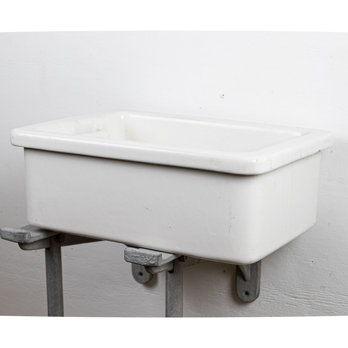 Reclaimed Royal Doulton School Butler Sinks (many available) | The Architectural Forum