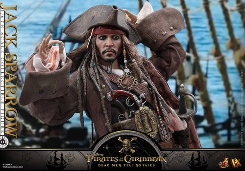Hot Toys DX15 JACK SPARROW POTC : Dead Men Tell No Tales