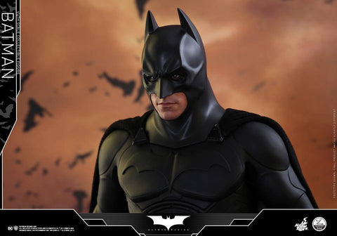 Hot toys BATMAN BEGINS BATMAN 1/4TH SCALE