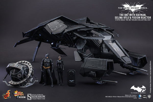 THE DARK KNIGHT RISES THE BAT COLLECTIBLE DELUXE SET