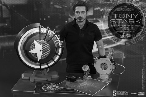 Hot toys Tony Stark with Arc Reactor Creation Accessories