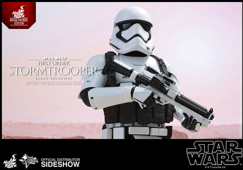 Hot Toys - Star Wars The Force Awakens Jakku Trooper EXCLUSIVE