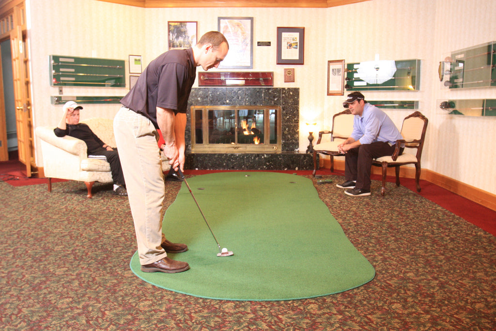 Why Every Golfer Should Own A Practice Putting Green