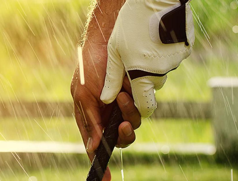 Top 10 Golf Grips For Wet & Humid Conditions
