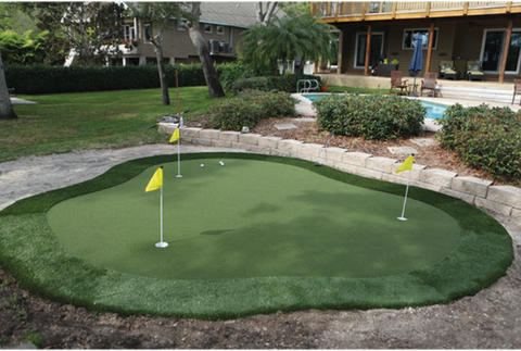 15' x 17' DIY Backyard Putting Green - Golf Gear Box