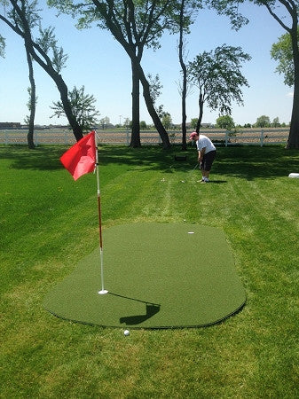 Big Moss Golf Outdoor Target Chipping & Putting Green