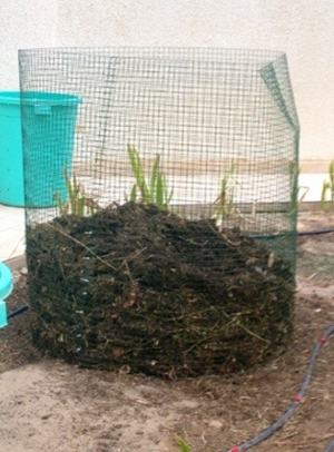 Chicken wire composting