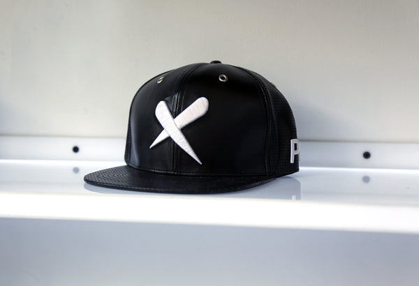 X-Label Leather Snapback Black
