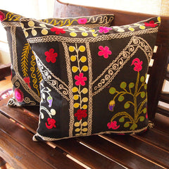 HANDMADE VINTAGE SUZANI CUSHION COVER FROM ISTANBUL