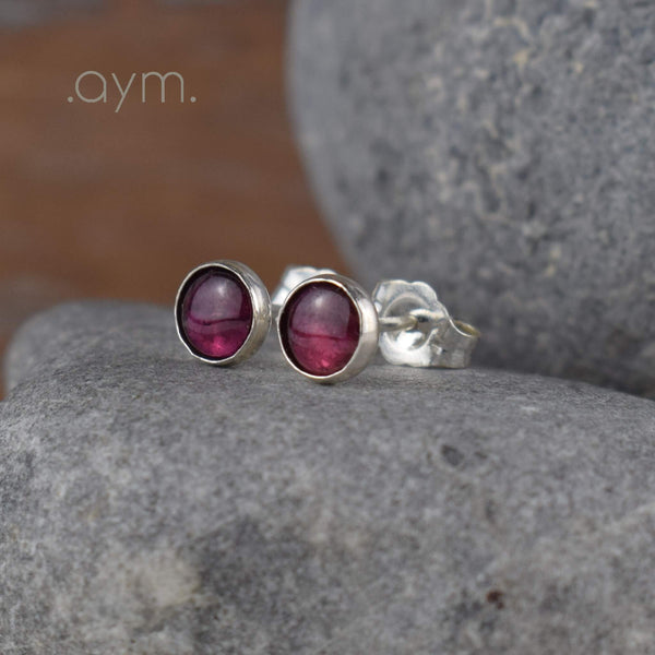 Garnet Stud Earrings - aymcollections