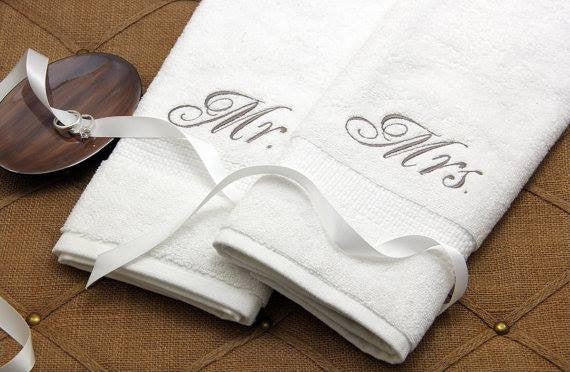 Monogrammed 2pc towels - wedding gift personalized towels - Atlanta Monogram