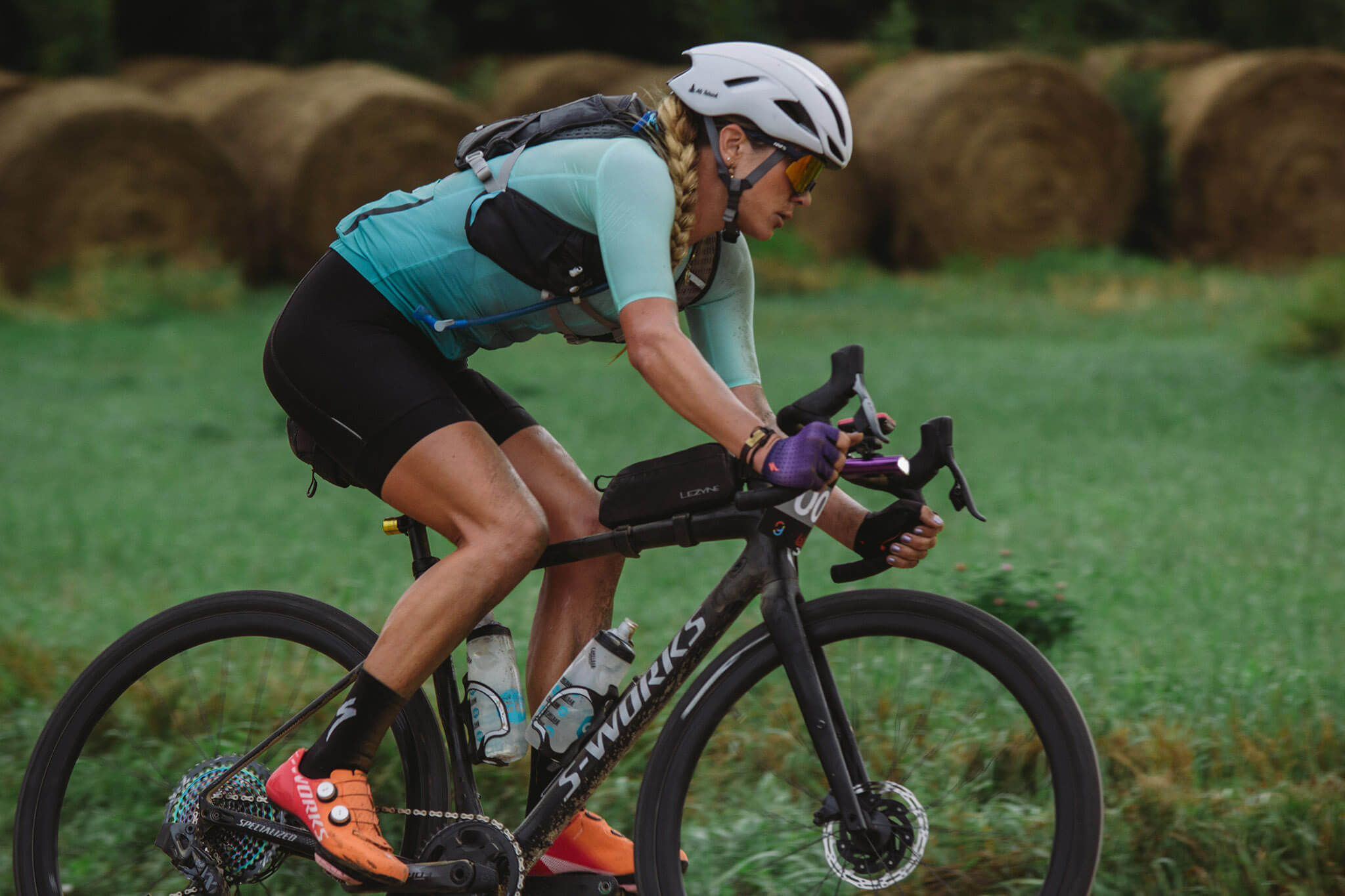 3X Gravel World Champ, Alison Tetrick, putting her Rovals through the paces