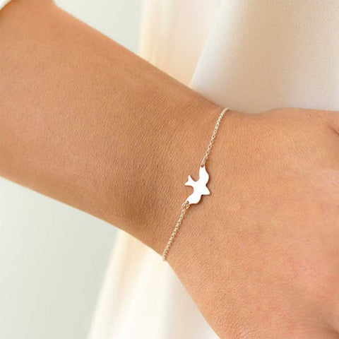 FAMSHIN Tiny Peace Dove Bracelet Soar Flying Birds Bracelet Little Cute Swallow Baby Bird Bracelets Abstract Bracelets